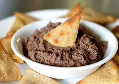 Black Bean Dip with Spicy Tortilla