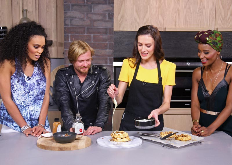 Afternoon Express dances and cooks with Francois van Coke and Pearl Thusi