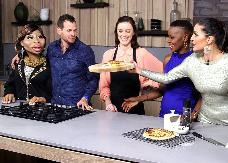 Afternoon Express makes pizza from scratch with Nik Rabinowitz and ZA News