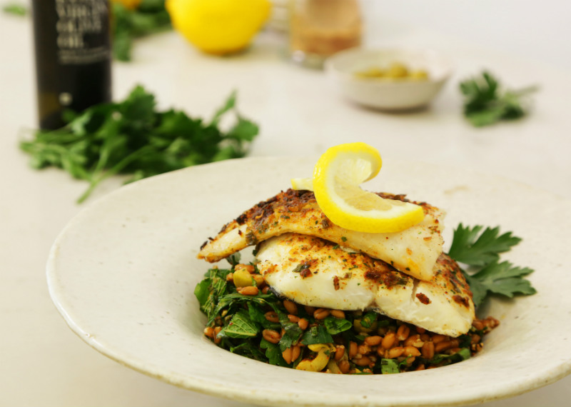 Grilled fish with Green Spelt Salad