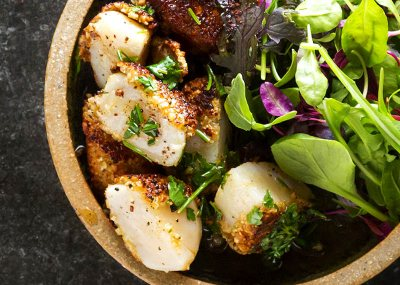 Almond crusted scallops