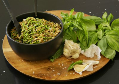 Basil and crispy mince fried spinach and cauliflower noodles