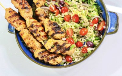 Chicken skewers with brown rice tabouleh