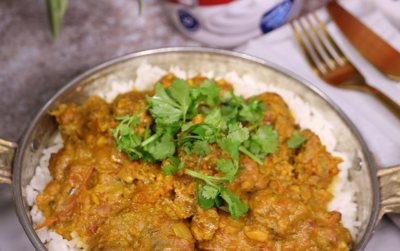 Clover Classic Boerewors Curry