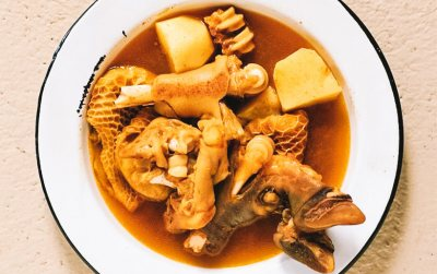 Curried tripe and trotters with pap