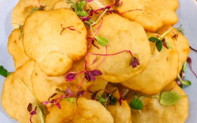 Fuleka (Deep Fried Indian Bread)