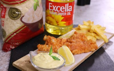 Garlic alioli with Fish and chips