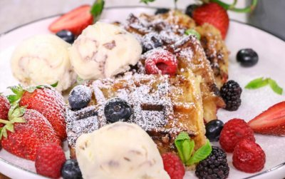 Very Berry Bread pudding waffles