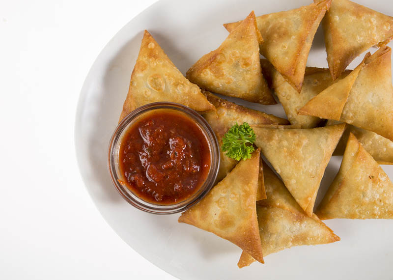 Prawn and corn samosas